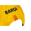 A Barcelona aranysárga baseball sapkája